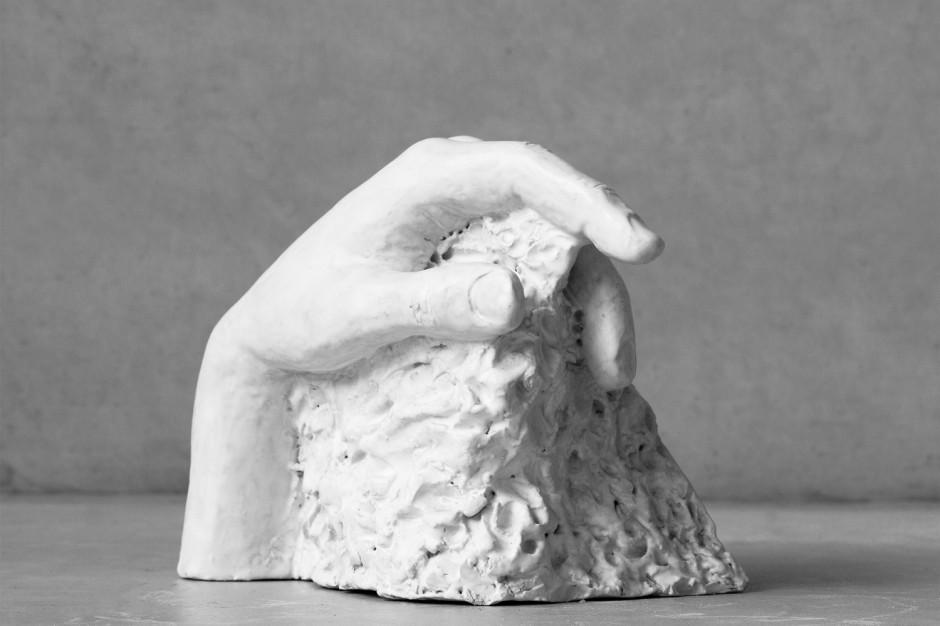 Oomen-Onwerpt-beeldhouw-Uitdekleigegrepen-03
