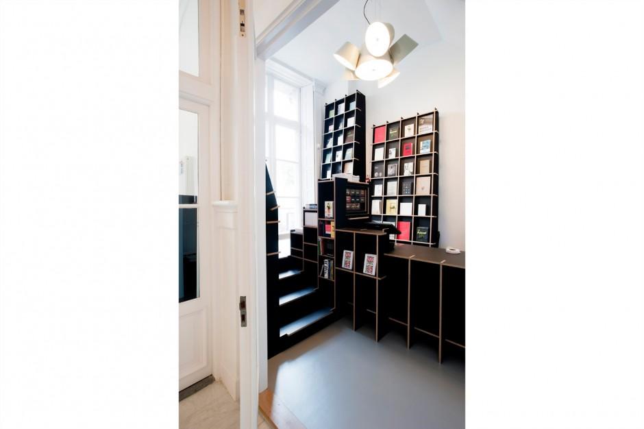 11_Book-Shop_Cassander-Eeftinck_denieuwegeneratie.jpg