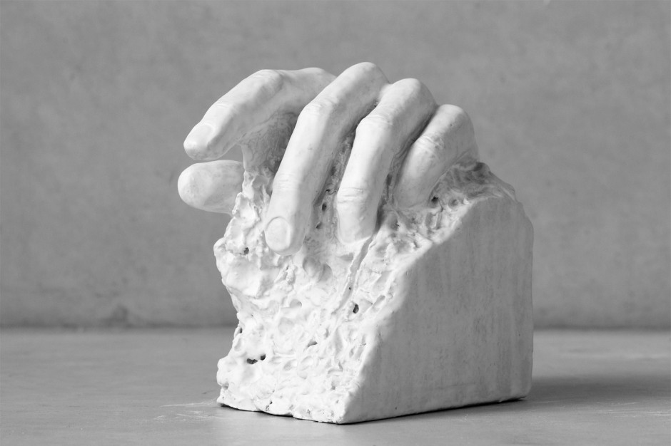 Oomen-Onwerpt-beeldhouw-Uitdekleigegrepen-01